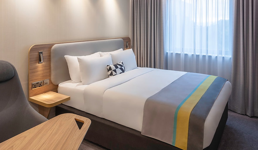 Holiday Inn Double Room with Work desk
